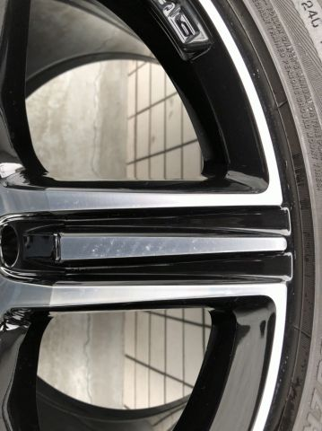 メルセデス・ベンツAMG<p><s>W218 CLS 純正オプション AMG19インチ5スポーク(304)</s><font color=