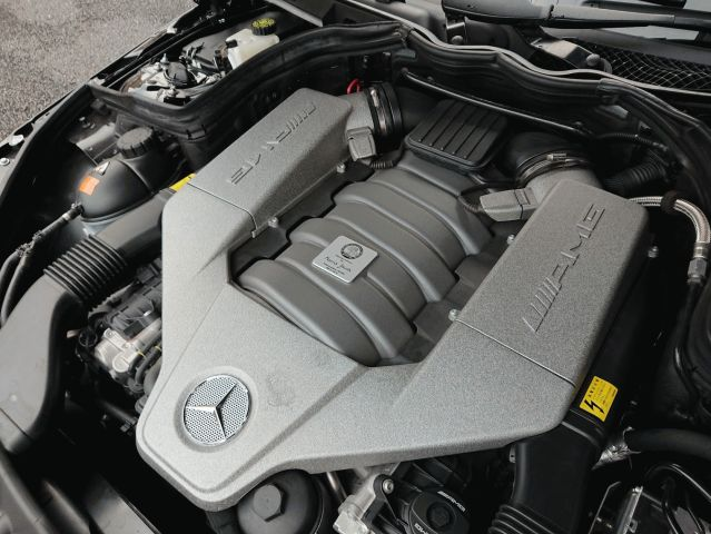 AMG(メルセデスAMG)AMG C63クーペ EDITION5079203-01
